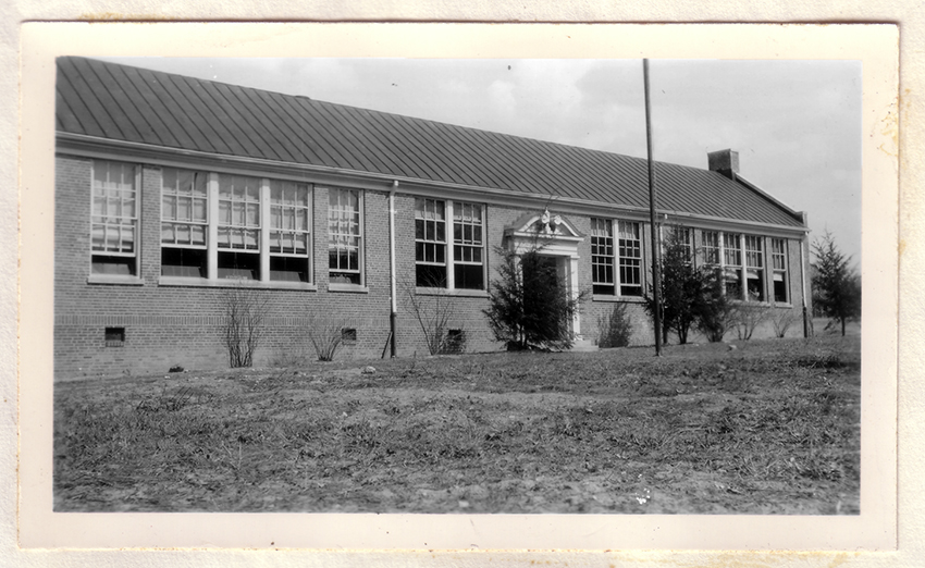 Black and white photograph of Burke Elementary School.